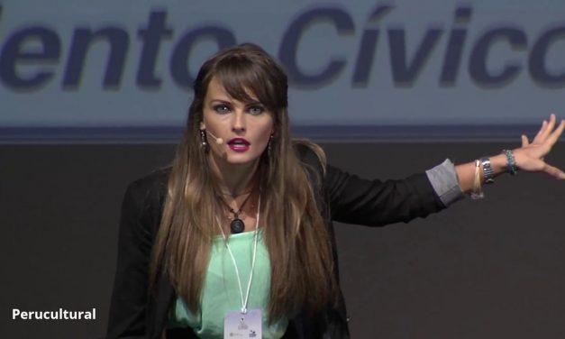 La comunidad estudiantil declara persona no grata a Gloria Álvarez Cross.