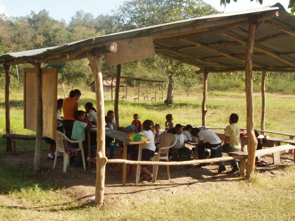 LA REFORMA EDUCATIVA Y EL DESFINANCIAMIENTO DE LA EDUCACIÓN PÚBLICA - MIR MEXICO
