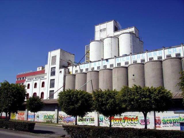 En Morelia, la harinera huele a explotación