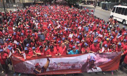 Por la libre autodeterminación del pueblo de Venezuela ¡Alto al golpe de estado intervencionista!