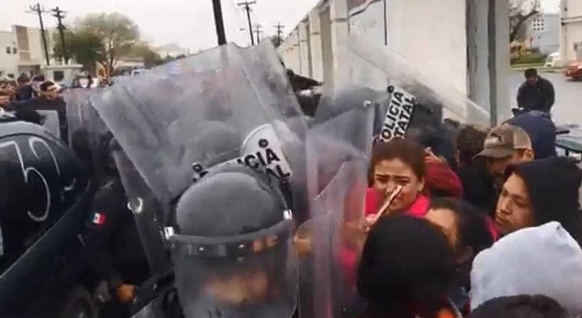 Policía estatal de Tamaulipas, agrede a trabajadores de Bright Finishing en Matamoros