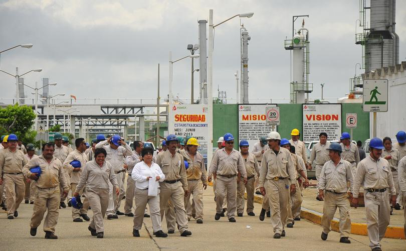 .@Pemex: Reinstalar despedidos con plenos derechos y reparar el daño integral a trabajadores petroleros en lucha.