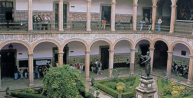 IMPORTANCIA DEL ESTUDIO DE LAS CIENCIAS SOCIALES Y HUMANISTAS EN EL BACHILLERATO NICOLAITA
